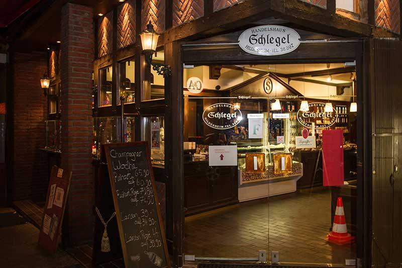 Handelshaus Schlegel - Eingang Schuhstraße Hildesheim